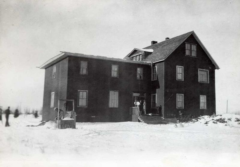 File:Rosthern-Bible-School.jpg