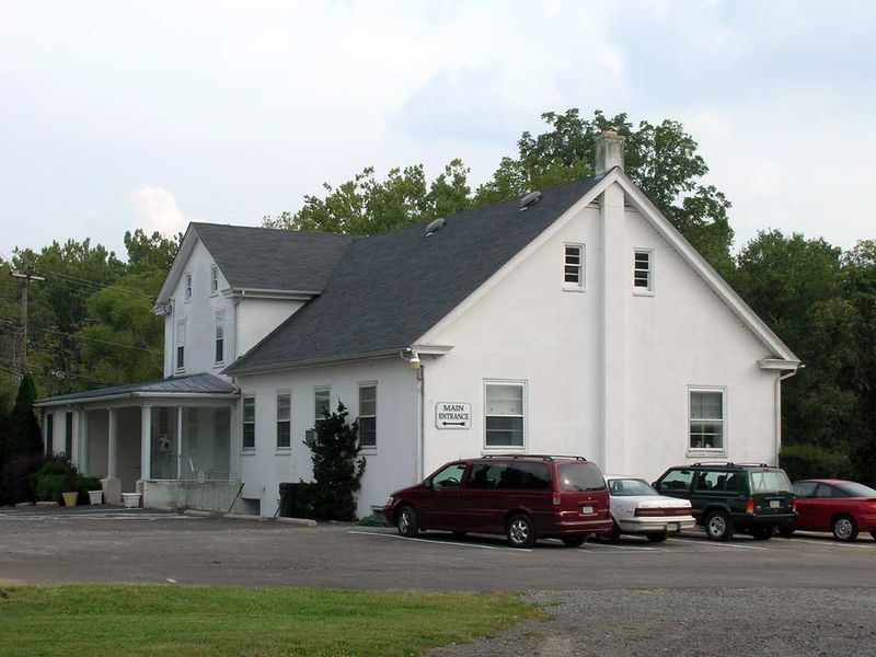 File:Former-Perkiomenville-Mennonite-Church-8-Spetember-2007.jpg