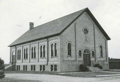 https://gameo.org/images/thumb/3/31/CressmanMennoniteChurch1947.jpg/400px-CressmanMennoniteChurch1947.jpg