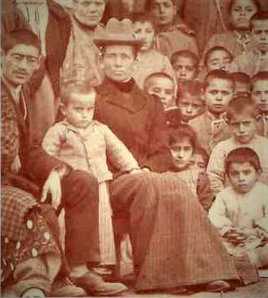 File:Maria-Gerber-with-orphans-at-Zinjidere-Turkey.jpg